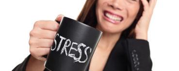 Причиной стрессовой реакции организма являются стрессоры.