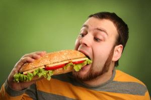 Частые переедания причина повышенной кислотности