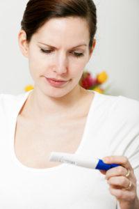 Наличие уреаплазмы в организме женщин негативно сказывается на их репродуктивной способности