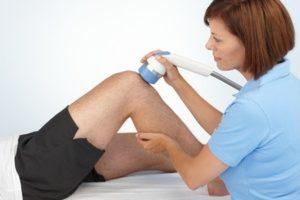 Лечение коленного сустава ударно волновой терапией